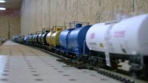 Very Long HO scale CSX model train