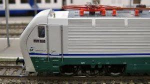 HO Gauge Modular Model Railway with Italian High Speed Train Frecciarossa by Trenitalia