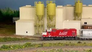 Model Railroad and diorama backdrop painting by Roger Kujawa