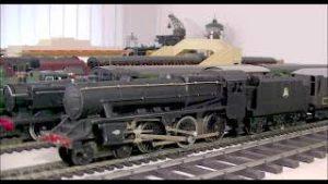 Presenting some Graham Farish 00 gauge older model trains