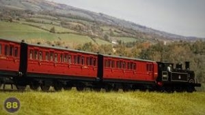 Hornby 'Generic' 4 & 6 Wheel Coaches – OO Gauge – Model Railway