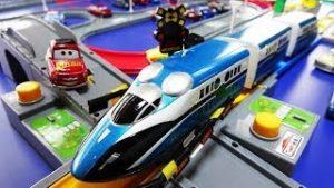 Plarail Thomas and Friends ☆ JR trains, crossings, locomotives, tunnels & steering halls,