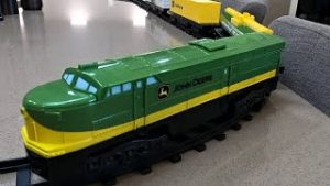 Is This $37 John Deere Toy Train Set Any Good?