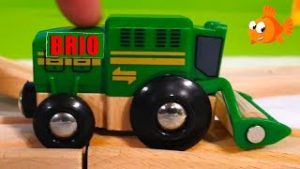 The GREEN MACHINE at Locomotive Farm! – Brio Toy Trains – Trains for kids – Videos for kids
