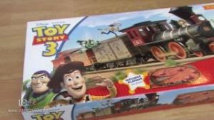 Opening the Toy Story 3 Train Set by Hornby (Part 1)