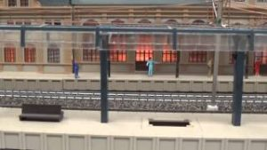DCC HO SCALE TRAIN STATION TROLLEYS MODEL TRAINS LAYOUT