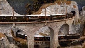 Model railroad layout of Swiss Railways in the Canton of the Grisons – Narrow gauge HO model trains