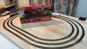2. Starting a Model Railway with a Train Set