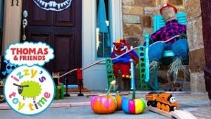 HAPPY HALLOWEEN! Thomas and Friends OUTSIDE SCARY TRACK! Fun Toy Trains  with Brio