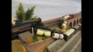 Buckland Junction Loft Model Railway 69. Ebay Finds. Main Line Derailments. Some Railway Footage