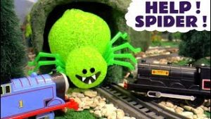 Thomas and Friends Spider Surprise – Twin Toy Trains Trackmaster Story Episode for kids TT4U
