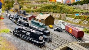 Greatest Private Model Railroad HO Scale Train Layout – The Apple Valley Model Railroad Club Part 1