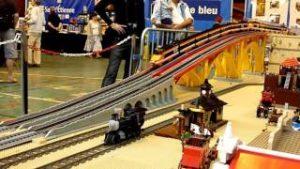 LEGO city train TGV 10233 – horizon express running – Model Rail 2014 – crash TGV