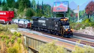 HO Scale Norfolk Southern Model Train with NS GE C40 9 / BNSF GE C44 9W / CN GE Tier 4 GEVO