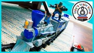 Toy Trains for Kids! LIONEL G SCALE FROSTY!