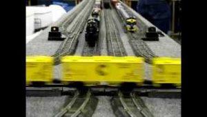 VINTAGE S / O GAUGE MODEL TRAINS
