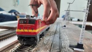 Wap4 Model Train in Ho scale | INDIAN RAILWAY | WITH LAYOUT | COUPLING RAJDHANI EXP