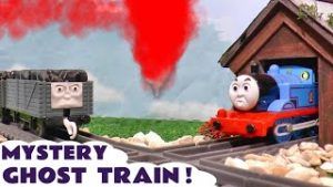 Mystery Ghost Train Thomas and Friends Trackmaster Toy Train Story with Funlings
