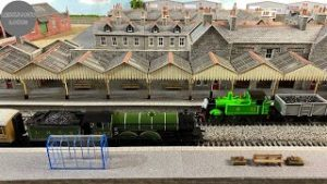 Where are those trees? | Garage Model Railway | July 2021 Update