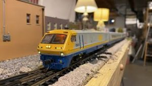 Running Ho Scale Trains Live