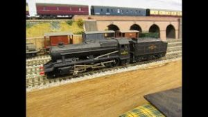 Buckland Junction Loft Model Railway 109. 8F  Locomotive rebuild which goes wrong. Motor burns out.