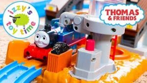 Thomas and Friends   Thomas Train TOMY Trackmaster Steam Tower   Fun Toy Trains  & Children