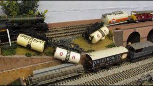 Buckland Junction Loft Model Railway 113. The best of Buckland Junction's model railway video clips.