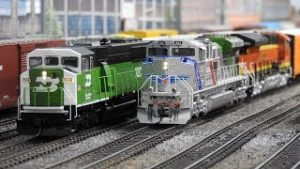 Following The BNSF H-SFCSTP (Part 2)  Railfanning Model Trains Episode 28! 1/5/19