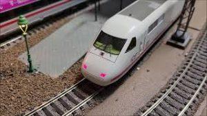 Model trains – 30 Years ICE Passenger Service – My ICEs Fleischmann Roco Trix – High Speed in H0