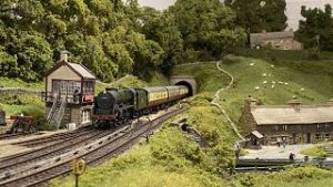 The Last Trains of Summer on the Yorkshire Dales Model Railway
