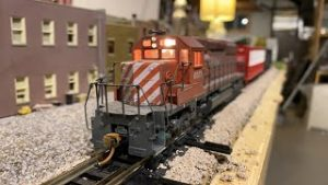 Operating HO Trains & Locomotives Live