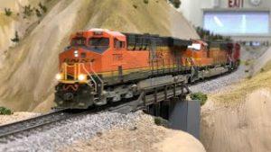 NON STOP HO Scale Model Trains Ep.28 | BNSF Coal & Grain, UP Manifest & Amtrak |4K|
