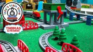 Thomas and Friends WACKMASTER TRACK   Fun Toy Trains for Kids   Thomas Train with Power Rails