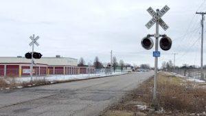 (Split Crossbuck!) Unused Railroad Crossing (Spresser Street, Taylorville, IL)
