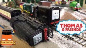 Bachmann Thomas & Friends Who Will Pull the Express? HO Scale Trains
